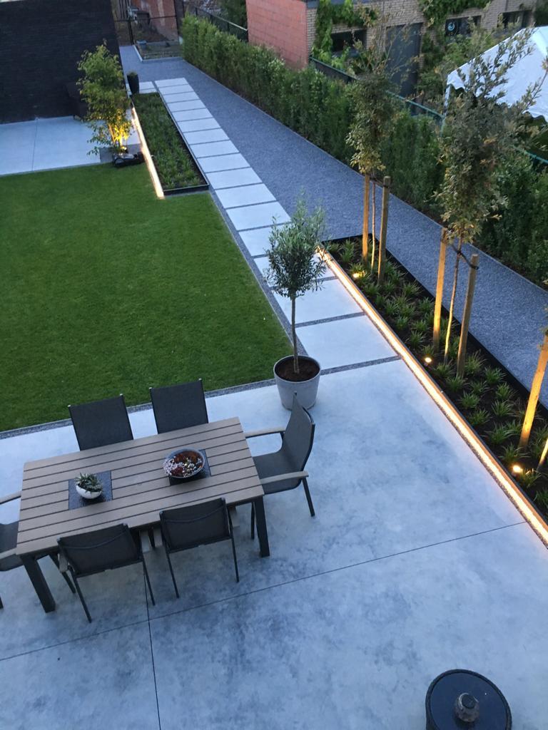 Particulier - Bloembakken tuin